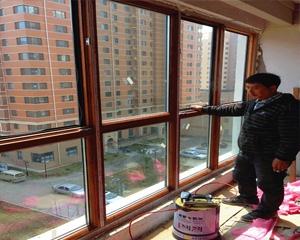 铝包木门窗施工